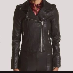 😍😍 NWT Romeo and Juliette Couture Jacket